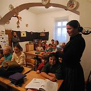 szorvanykollegium_2007_regi_epulet_libri_konyvajandek