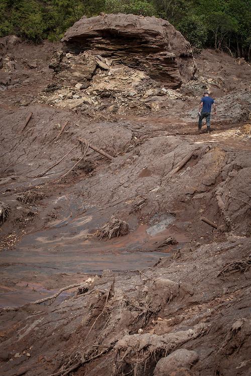 Mariana_MG, Brasil.<br /> <br /> Rompimento de Barragem em Mariana.<br /> Distrito de Mariana, Bento Rodrigues, destruído pela lama de dejetos da barragem de contenção de rejeitos da mineradora Samarco.<br /> <br /> The Bento Rodrigues dam disaster occurred on 5 November 2015, when an iron ore tailings dam in Bento Rodrigues, a subdistrict of Mariana, Brazil.<br /> <br /> Foto: ALEXANDRE C. MOTA