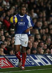 PORTSMOUTH, ENGLAND - SATURDAY, DECEMBER 9th, 2006: Glen Johnson of Everton during the Premiership match against Portsmouth at Fratton Park. (Pic by Chris Ratcliffe/Propaganda)