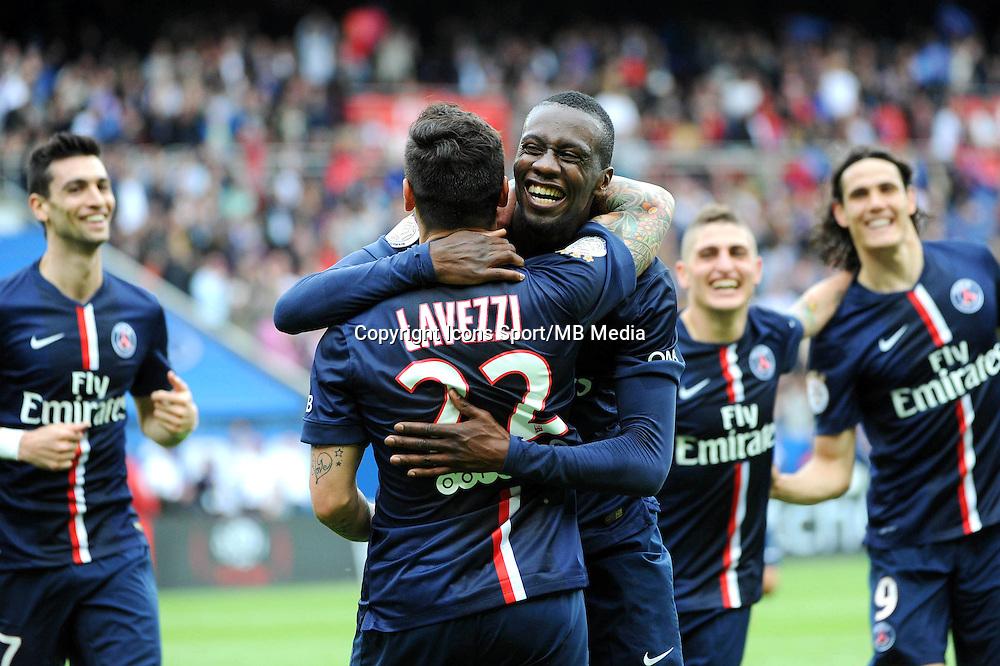 Joie Blaise MATUIDI / Ezequiel LAVEZZI - 25.04.2015 - Paris Saint Germain / Lille - 34eme journee de Ligue 1<br />Photo : Nolwenn Le Gouic / Icon Sport