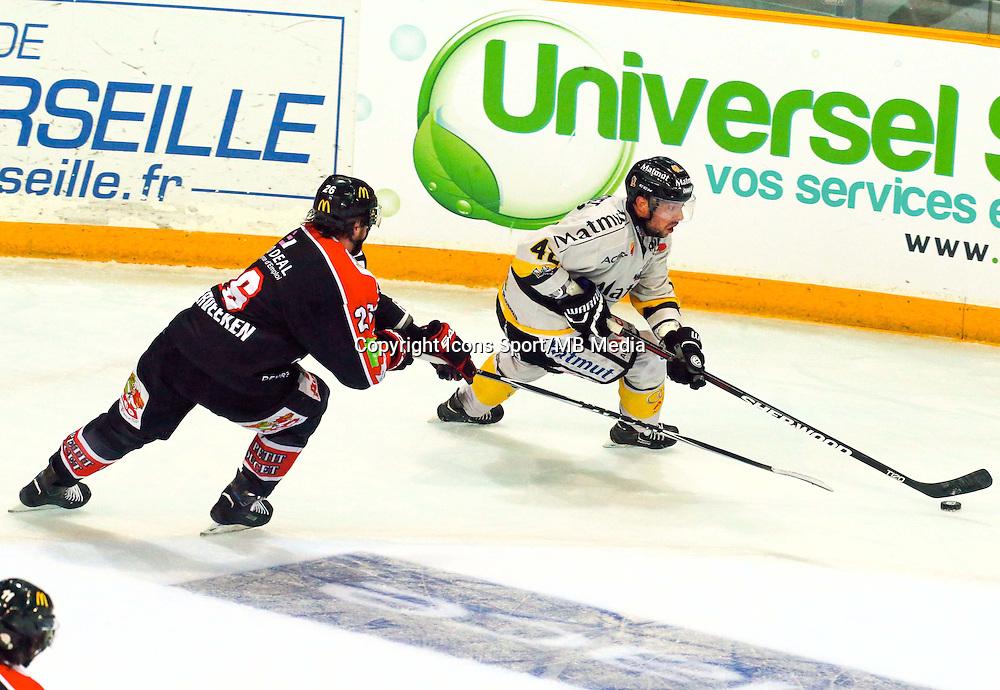 Jamie Vander Veeken / Julien Desrosiers - 25.01.2015 - Rouen / Amiens - Finale Coupe de France 2015 de Hockey sur glace<br /> Photo : Xavier Laine / Icon Sport