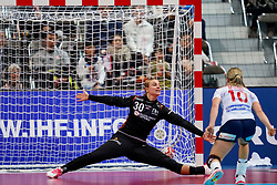 06-12-2019 JAP: Norway - Netherlands, Kumamoto<br /> Last match groep A at 24th IHF Women's Handball World Championship. / The Dutch handball players won in an exciting game of fear gegner Norway and wrote in the last group match at the World Handball  World Championship history (30-28). / Rinka Duijndam #30 of Netherlands