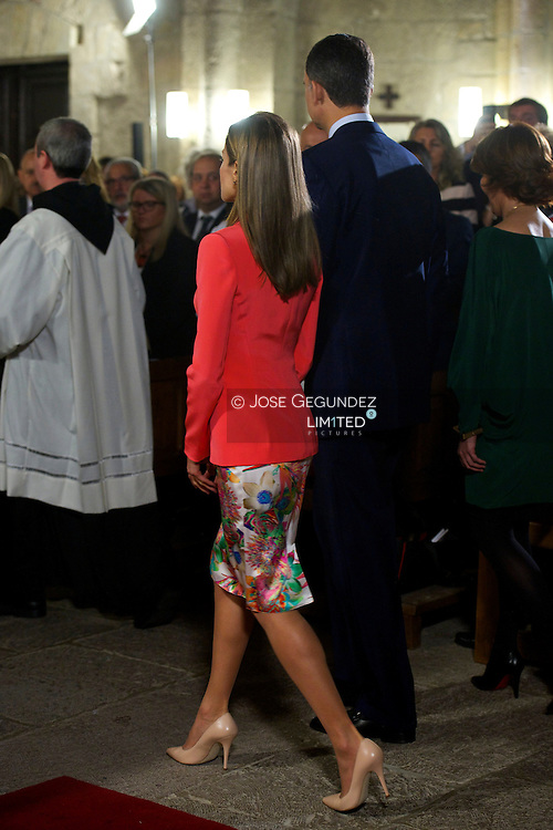 Prince Felipe of Spain and Princess Letizia of Spain attend the 'Principe de Viana' 2014 award and Tribute to the Navarra Old Royals at San Salvador de Leyre Monastery on June 4, 2014 in Navarra, Spain.<br />