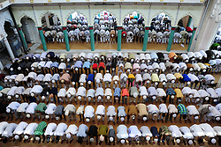 June 9, 2017 - Allahabad, Uttar Pradesh, India - Indian Muslims offer prayer/Namaz on the occasion of 2nd Friday called zuma at Hazarat Washi Ullah Mosque in Allahabad. (Credit Image: © Prabhat Kumar Verma via ZUMA Wire)