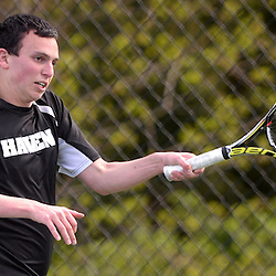 Staff photos by Tom Kelly IV<br /> Strath Haven's Jeffrey Himelstein returns a shot to Harriton's Griffin Kivitz during the Harriton at Strath Haven boys tennis match on Tuesday afternoon.