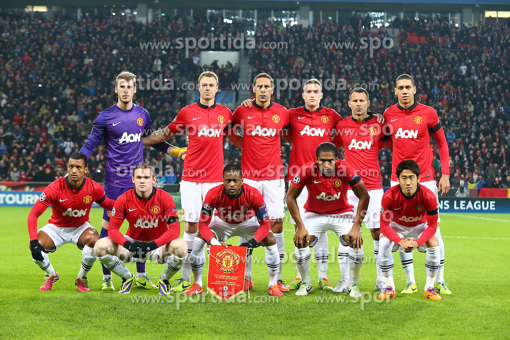 27.11.2013, BayArena, Leverkusen, GER, UEFA CL, Bayer Leverkusen vs Manchester United, Gruppe A, im Bild Mannschaftsfoto Manchester United // during UEFA Champions League group A match between Bayer Leverkusen vs Manchester United at the BayArena in Leverkusen, Germany on 2013/11/28. EXPA Pictures &copy; 2013, PhotoCredit: EXPA/ Eibner-Pressefoto/ Neis<br /> <br /> *****ATTENTION - OUT of GER*****