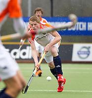 AERDENHOUT - 09-04-2012 - Jochem Bakker, maandag tijdens de finale tussen Nederland Jongens B en Spanje Jongens B  (3-1) , tijdens het Volvo 4-Nations Tournament op de velden van Rood-Wit in Aerdenhout. Jongens U16 wortdt kampioen.FOTO KOEN SUYK