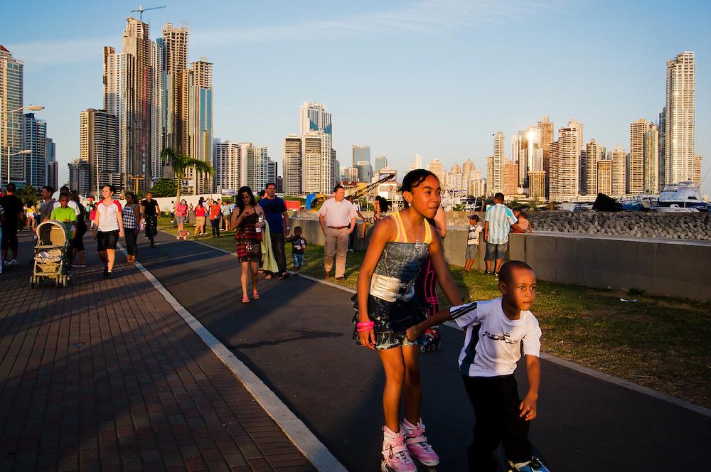 PANAMA CITY / CIUDAD DE PANAMA<br /> Photography by Aaron Sosa.<br /> Panama City - Panama 01-01-2012.<br /> (Copyright &copy; Aaron Sosa)