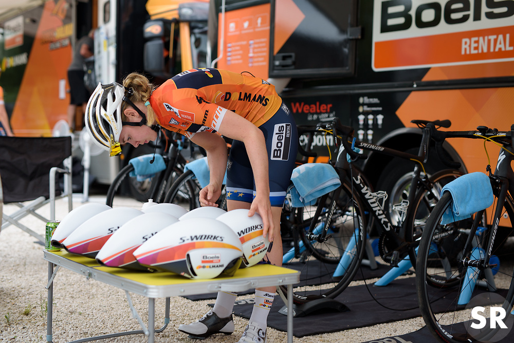 Anna van der Breggen checks out looks for her helmet before Stage 1 of the Giro Rosa - a 11.5 km team time trial, between Aquileia and Grado on June 30, 2017, in Friuli-Venezia Giulia, Italy. (Photo by Sean Robinson/Velofocus.com)