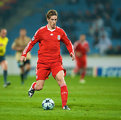MARSEILLE, FRANCE - Tuesday, September 16, 2008: Liverpool's Fernando Torres in action against Olympique de Marseille during the opening UEFA Champions League Group D match at the Stade Velodrome. (Photo by David Rawcliffe/Propaganda)