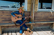 Jersey Lilly, Ingomar, Montana, cowgirl singing a song