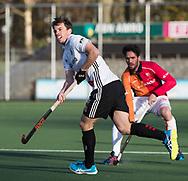 AMSTELVEEN - Fergus Kavanagh (A'dam)   tijdens   de hoofdklasse hockeywedstrijd AMSTERDAM-ORANJE ROOD (4-5). COPYRIGHT KOEN SUYK