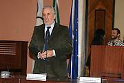 DESCRIZIONE : Roma conferenza stampa Un Canestro Nello Zaino <br /> GIOCATORE : Maurizio Cremonini <br /> SQUADRA : <br /> EVENTO : Un Canestro Nello Zaino <br /> GARA : <br /> DATA : 03/12/2007 <br /> CATEGORIA : Ritratto <br /> SPORT : Pallacanestro <br /> AUTORE : Agenzia Ciamillo-Castoria/G.Ciamillo