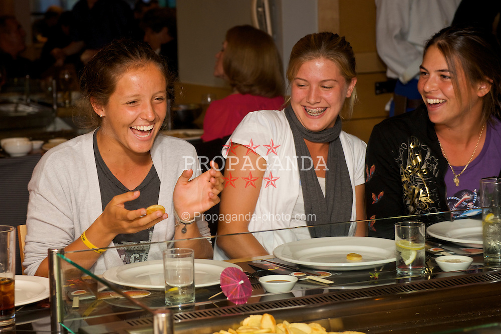 LIVERPOOL, ENGLAND - Friday, June 19, 2009: Laura Robson, Eugenie Bouchard, Ajla Timljanovic during a night out at Sapporo Restaurant on during Day Three of the Tradition ICAP Liverpool International Tennis Tournament 2009 at Calderstones Park. (Pic by David Rawcliffe/Propaganda)