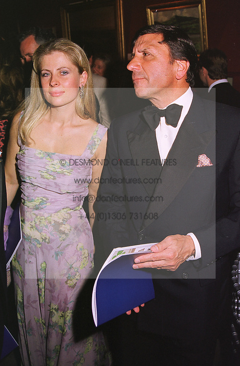 The HON.SIR ROCCO & LADY FORTE at a dinner in London on 19th May 1999.MSF 73