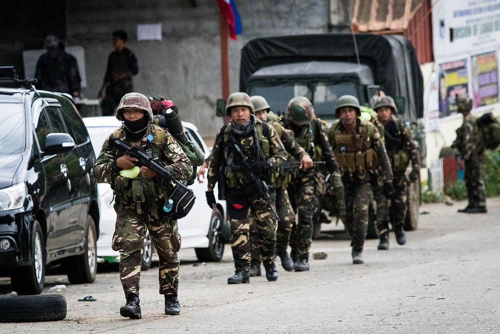 MARAWI, PHILIPPINES - JUNE 5: Government troops head home after a heavy fight this morning as fighting between government forces and Islamist rebels continue in Marawi city in southern Philippines, June 5, 2017. (Photo: Richard Atrero de Guzman/NUR Photo)