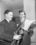 Special for Gael Linn - Sean Seery (Bagpipes) and Breandan O'Dubhghaill.20/01/1959