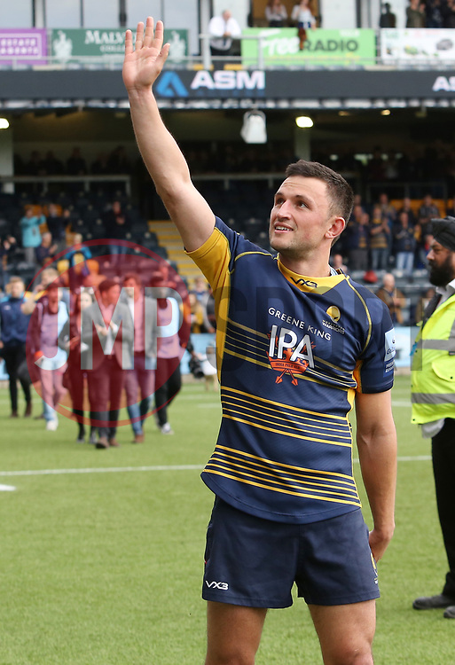 Jonny Arr of Worcester Warriors acknowledges supporters during the lap of honour - Mandatory by-line: Joe Dent/JMP - 18/05/2019 - RUGBY - Sixways Stadium - Worcester, England - Worcester Warriors v Saracens - Gallagher Premiership Rugby