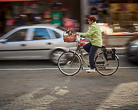 Bicycles in Motion in Brugge. Image taken with a Leica X2 camera (ISO 100, 24 mm, f/16, 1/15 sec)