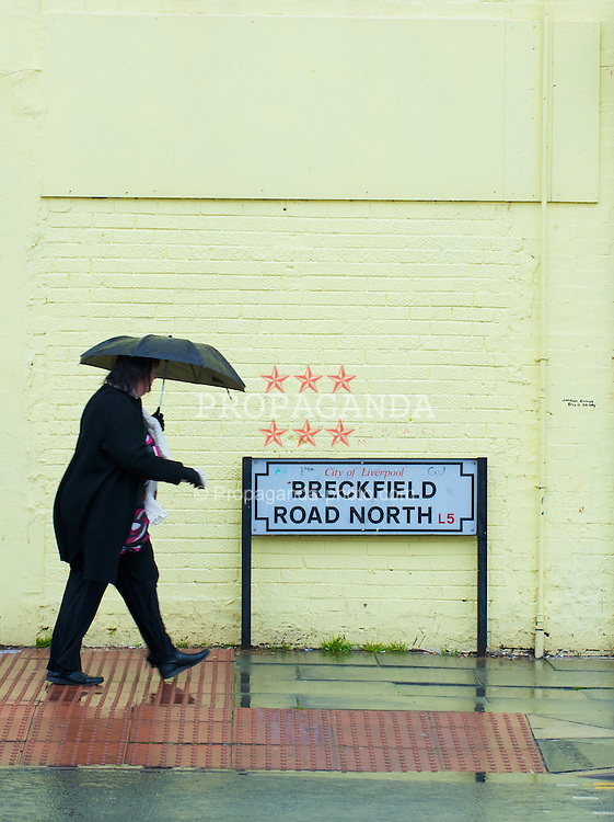 LIVERPOOL, ENGLAND - Thursday, March 20, 2008: Images of urban and social depravation along Breckfield Road North in the Liverpool area of Everton. (Photo by David Rawcliffe/Propaganda)