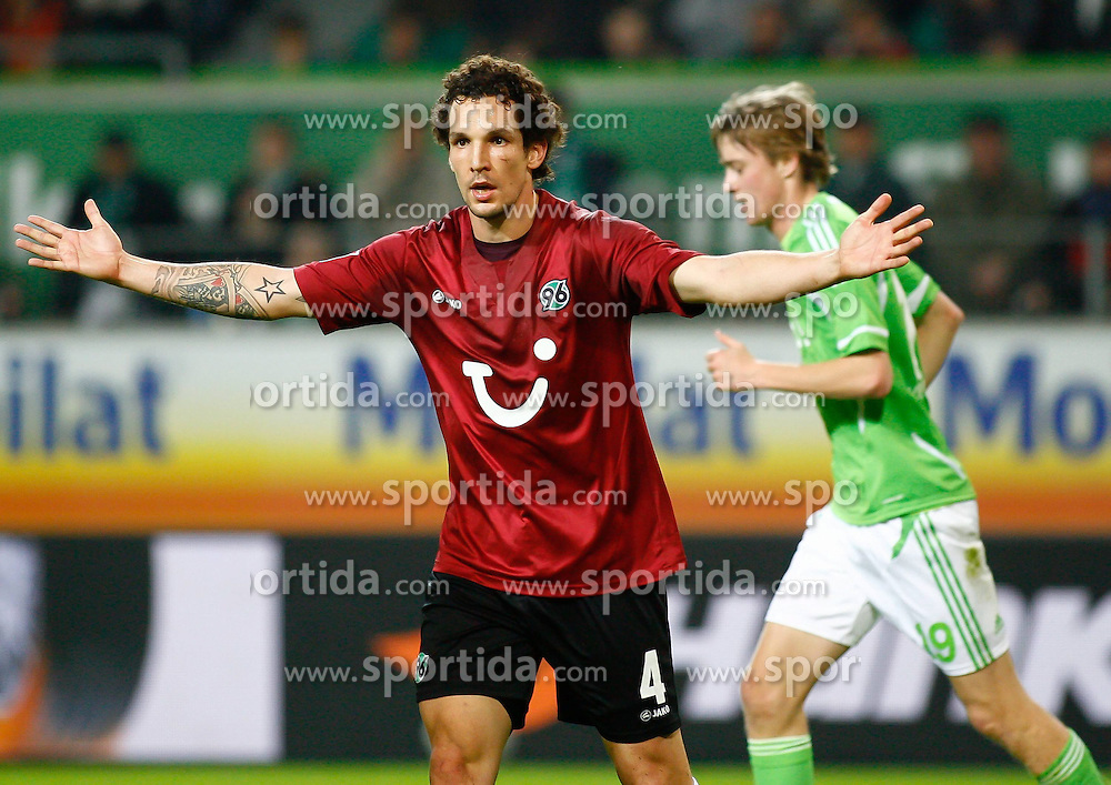 19.11.2011,Volkswagen Arena, Wolfsburg, GER, 1.FBL, VFL Wolfsburg vs Hannover 96, im Bild Emanuel Pogatetz (Hannover #4) // during the match from GER, 1.FBL,VFL Wolfsburg vs Hannover 96 on 2011/11/19, Volkswagen Arena, Wolfsburg, Germany..EXPA Pictures © 2011, PhotoCredit: EXPA/ nph/ Schrader..***** ATTENTION - OUT OF GER, CRO *****