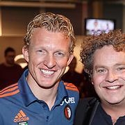 NLD/Rotterdam/20151207 - Reanimatiecursus Feyenoord selectie + bn'ers leren samen reanimeren, Dirk Kuyt en Dirk Zeelenberg