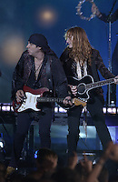 Steve Van Zandt and Patti Scialfa - MTV Video Music Awards 2002 - American Museum of Natural History