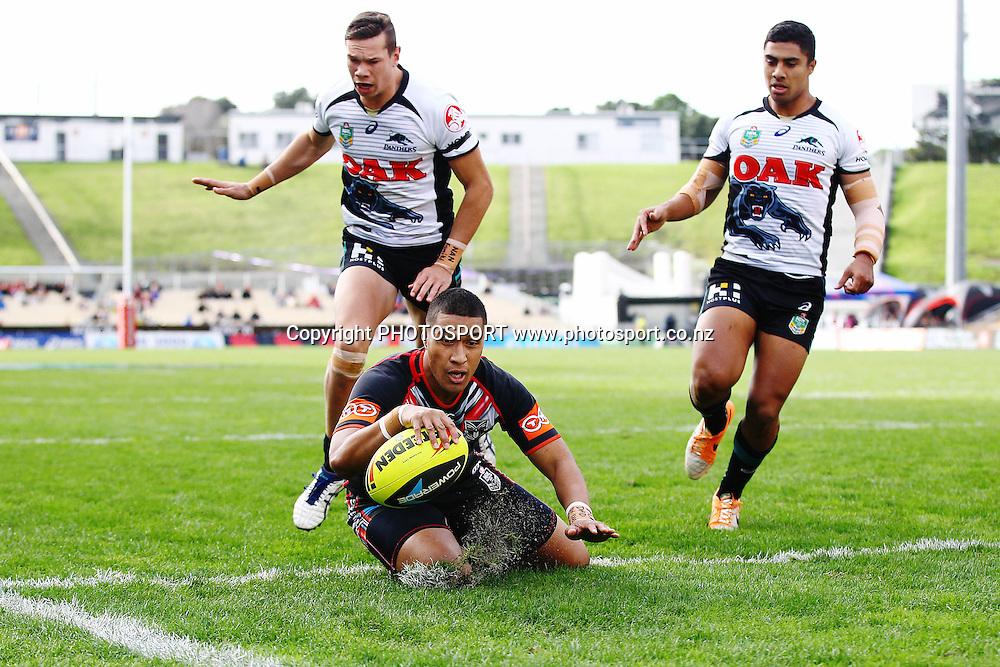 Junior Warriors' Metia Lisati scores a try. Round 16 Holden Cup, Junior Warriors v Junior Panthers, Mt Smart Stadium, Auckland, New Zealand. Sunday 29th June 2014. Photo: photosport.co.nz