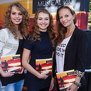 NLD/Amsterdam\/20131024 - Presentatie boek Musical 2.0, Tessa-Sunniva van Tol, Vajèn van den Bosch en Cindy Bell