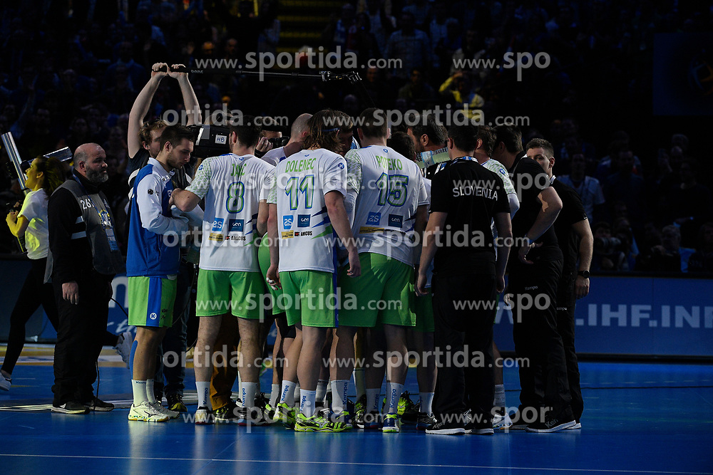Slovenian team during 25th IHF men's world championship 2017 match between France and Slovenia at Accord hotel Arena on january 26 2017 in Paris. France. PHOTO: CHRISTOPHE SAIDI / SIPA / Sportida