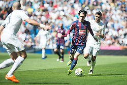 09.04.2016, Estadio Santiago Bernabeu, Madrid, ESP, Primera Division, Real Madrid vs SD Eibar, 32. Runde, im Bild Real Madrid's Carlos Henrique Casemiro and Sociedad Deportiva Eibar's Jota Peleteiro // during the Spanish Primera Division 32th round match between Real Madrid and SD Eibar at the Estadio Santiago Bernabeu in Madrid, Spain on 2016/04/09. EXPA Pictures © 2016, PhotoCredit: EXPA/ Alterphotos/ Borja B.Hojas<br /> <br /> *****ATTENTION - OUT of ESP, SUI*****