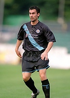 Keith Gillespie (Leicester) On Loan from Chelsea. Brighton & Hove Albion v Leicester City. 4/8/2003. Pre Season friendly match. Credit : Colorsport/Andrew Cowie