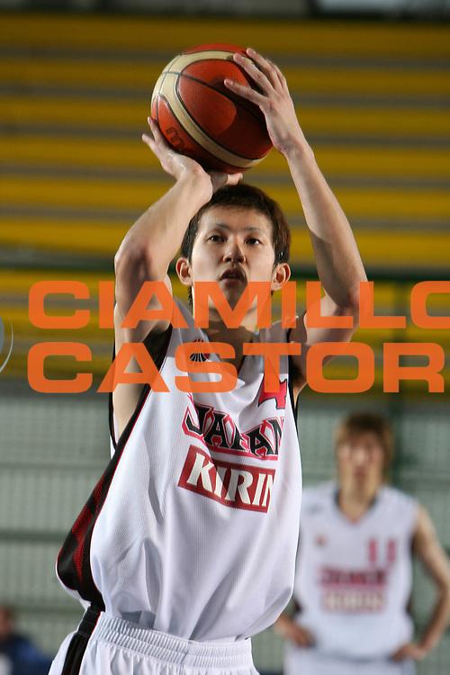 DESCRIZIONE : San Benedetto del Tronto Torneo Internazionale dell'Adriatico Giappone-Cina Japan-China<br /> GIOCATORE : Takuya Kawamura<br /> SQUADRA : Japan Giappone<br /> EVENTO : San Benedetto del Tronto Torneo Internazionale dell'Adriatico Giappone-Cina<br /> GARA : Giappone Cina Japan China<br /> DATA : 01/07/2006 <br /> CATEGORIA : Tiro<br /> SPORT : Pallacanestro <br /> AUTORE : Agenzia Ciamillo-Castoria/E.Castoria