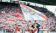16-08-2017: Voetbal: FC Utrecht v Zenit Sint Petersburg: Utrecht<br /> <br /> (L-R) Supporters van FC Utrecht in een uitverkocht Galgenwaard tijdens duel in voorronde Europa League tussen FC Utrecht en FK Zenit St Petersburg op 16 augustus in stadion Galgenwaard in Utrecht<br /> <br /> Voorronde Europa League (UEFA) - Seizoen 2017 / 2018<br /> <br /> Foto: Gertjan Kooij