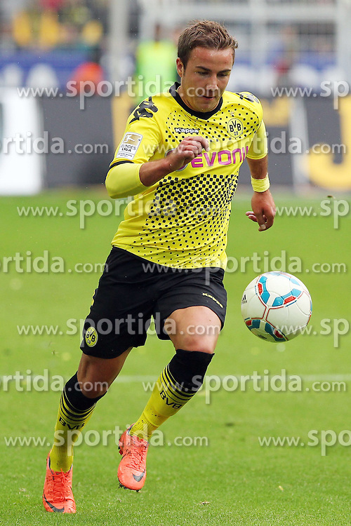 05.05.2012, Signal Iduna Park, Dortmund, GER, Borussia Dortmund vs SC Freiburg, 34. Spieltag, im Bild Mario GOETZE (Borussia Dortmund), Freisteller, Aktion /Action // during the German Bundesliga Match, 34th Round between Borussia Dortmund and SC Freiburg at the Signal Iduna Park, Dortmund, Germany on 2012/05/05. EXPA Pictures © 2012, PhotoCredit: EXPA/ Eibner/ ATTENTION - OUT OF GER *****