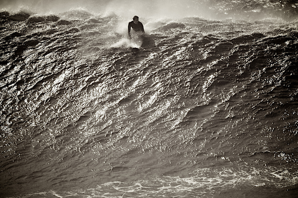 Black and white,surf photography,surf photographer,action ,sports,extreme sports,wave ,surf photography,surf photographer,surf photos,surf photo,surf photos, photo de surf,surf photos,surf photo, ,Hawaii,surfing,sports,action,surf