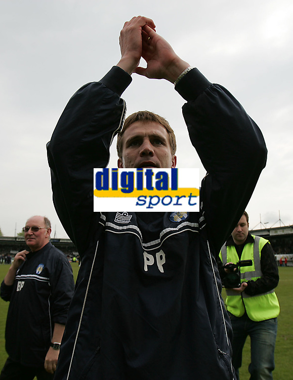 Photo: Lee Earle.<br /> Yeovil Town v Colchester United. Coca Cola League 1. 06/05/2006. Colchester manager Phil Parkinson celebrates at the end of the match.