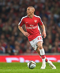 LONDON, ENGLAND - Wednesday, October 28, 2009: Arsenal's Mikael Silvestre in action against Liverpool during the League Cup 4th Round match at Emirates Stadium. (Photo by David Rawcliffe/Propaganda)