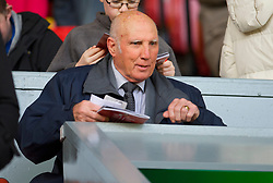LIVERPOOL, ENGLAND - Sunday, March 28, 2010: Former Liverpool player, coach, physio and manager Ronnie Moran sees his side take on Sunderland during the Premiership match at Anfield. (Photo by: David Rawcliffe/Propaganda)