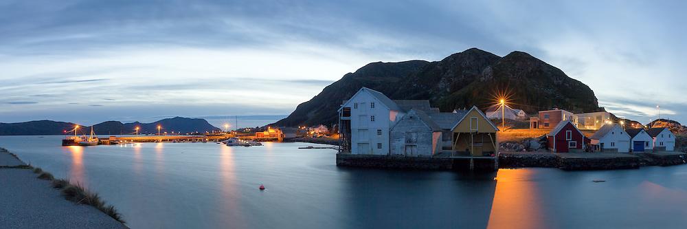 Runde Harbor at westcoast of Norway | Runde Havn i kveldsstemning.
