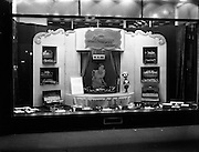15/03/1953<br /> 03/15/1953<br /> 15 March 1953<br /> Newbridge Cutlery window display for Domas Advertising at N.A.D.I.A.., Dublin