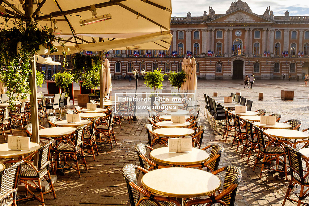 Cafe in the Place du Capitol, Toulouse, France<br /> <br /> (c) Andrew Wilson   Edinburgh Elite media