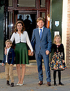 9-11-2014 - APELDOORN -  Doop Christening of Willem Jan ( 01-07-2013), son of Prince Floris and Princess Aimee, with daughters Magali and Eliane at Palace Het Loo in Apeldoorn. Prince Pieter-Christiaan and Princess Anita and Emma and Pieter <br /> King Willem-Alexander and Queen Maxima and Princess Amalia and Princess Alexia and Princess Ariane arrive for the ceremony.   Arrival of king Willem alexander and queen Maxima and princess Amalia , Ariane and Alexia for the baptism of Willem Jan the child of princess Aimee and princes Floris .  COPYRIGHT ROBIN UTRECHT