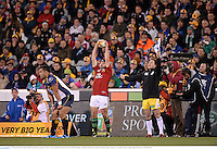 18 June 2013; Rory Best, British & Irish Lions, prepares to throw a lineout. British & Irish Lions Tour 2013, Brumbies v British & Irish Lions. Canberra Stadium, Bruce, Canberra, Australia. Picture credit: Stephen McCarthy / SPORTSFILE