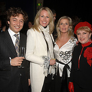 NLD/Amsterdam/20060419 - Kunstveiling Art for Dreams ten bate van Childright, ?, Monique Collignon, Sylvie Schmeitz en Juliette Vossen