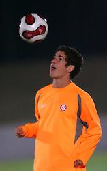 Alexandre Pato durante treino do S.C. Internacional, em Tókio. FOTO: Jefferson Bernardes/Preview.com