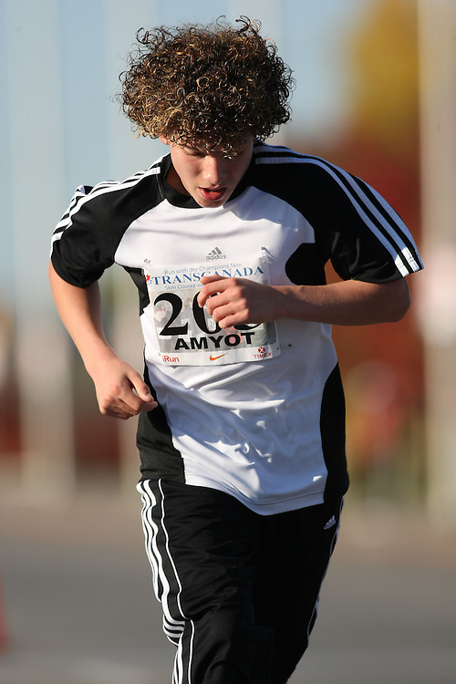 (Ottawa, ON---18 October 2008) REMY AMYOT runs in the 2008 5km challenge at the TransCanada 10km Canadian Road Race Championships. Photography copyright Sean Burges/Mundo Sport Images (www.msievents.com).