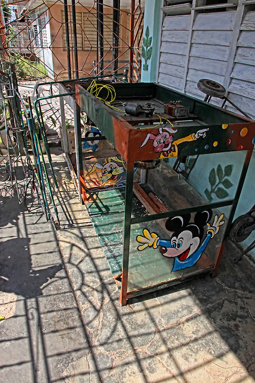 Kiosk Repair in Holguin, Cuba.