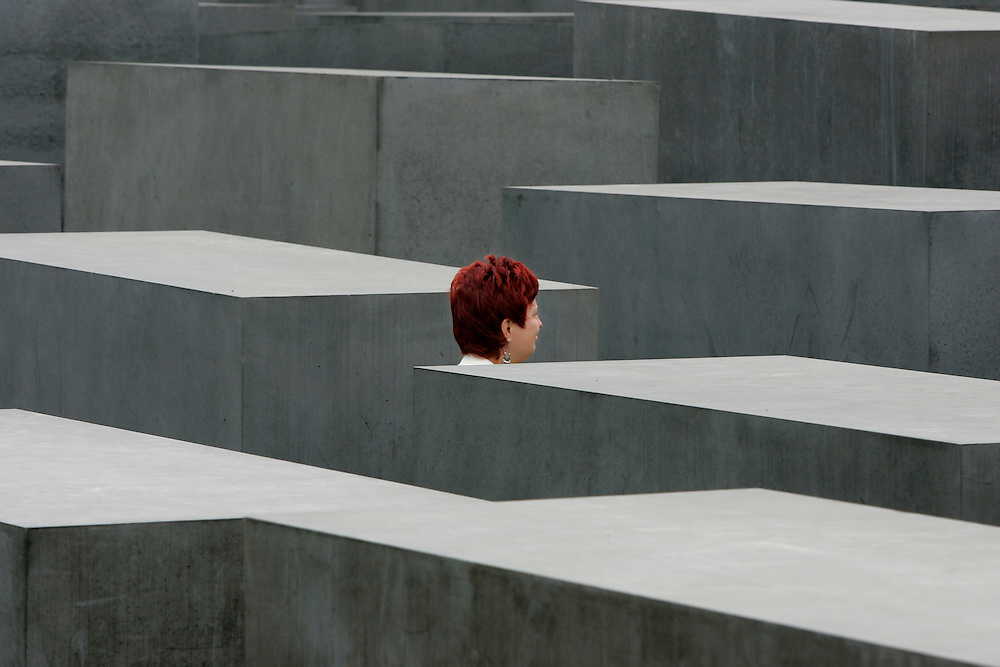 GERMANY - BERLIN -  The Holocaust Monument, memorial to the murdered jews of Europe, designed by Peter Eisenman. PHOTO GERRIT DE HEUS