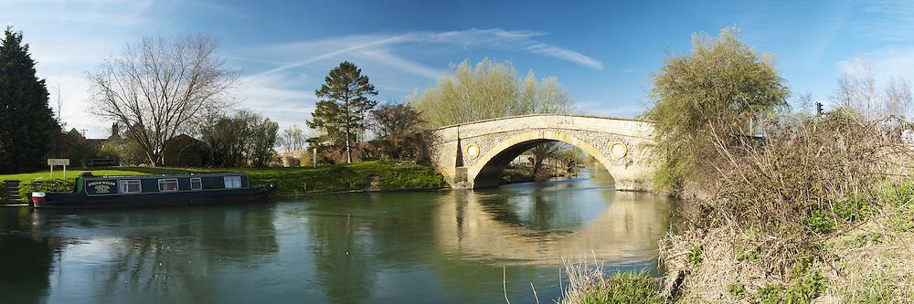 Tadpole Bridge on the River thames near Bampton in Oxfordshire, Uk
